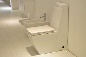 座便器排水,选购座便器要确定卫生间的排水方式